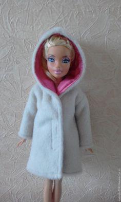 Одежда для кукол ручной работы. Ярмарка Мастеров - ручная работа. Купить Пальто для Барби. Зимнее. Handmade. Белый, Наряд для барби