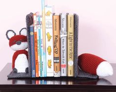 smart as a fox bookends - my favorite pattern in the book Quick Crochet for the Home by Moogly