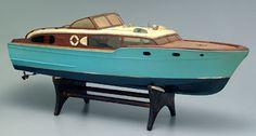 Chris Craft Corvette model, battery-operated wooden kit-built model by Sterling