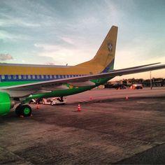 Avião da seleção brasileira em solo cearense, em foto tirada por Neymar (Foto: Reprodução / Instagram) Em 16/06/2013.