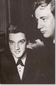 Elvis Presley and Bobby Darin : Sahara Hotel : July 26, 1960. Sandra Dee later said: He used to come into Bobby's dressing room to talk to him because he was having a horrible time with pills and diets.Bobby told him, 'Screw them all, you can't go on like this'. #BobbyDarin #Jazz #singer #vocalist #classic #drums #orchastra #greatesthits #Bobby #Darin