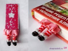 Bookmark tute (must translate) ~ Polymer Clay Tutorials Fimo Polymer Clay, Polymer Clay Sculptures, Polymer Clay Animals, Polymer Clay Projects, Fun Arts And Crafts, Crafts For Kids, Fun Crafts, Pen Toppers, Jumping Clay