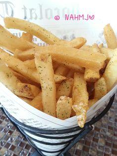 Au Chocolat Truffle Fries Truffle Fries, French Restaurants, Truffles, Singapore, Classy, Chic, Truffle, Elegant, Cake Truffles