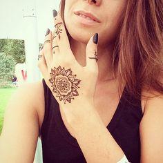 """#fyoklamehndi #henna #mandala #mehndi #mehendi #mehendikiev #менди #мехенди #росписьхной #менді #мехендиКиев #мандала"""