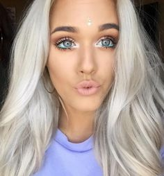 http://lottietomlinson.com/post/123554408237/hiii-heres-a-simple-festival-make-up-look-add