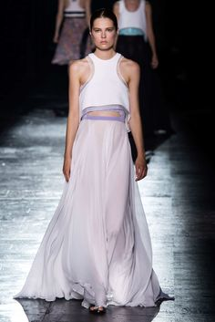 Spring 2015 RTW - PRABAL GURUNG COLLECTION  Photo:  Alessandro Lucioni/Imaxtree