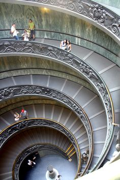 Roma - Musei Vaticani - Of course. Just a beautiful staircase. The marble walls gently curve with you down the stairs