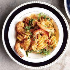 Pasta With Shrimp in Tomato Cream