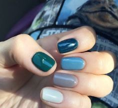 New manicure colors claros ideas Manicure Colors, Manicure And Pedicure, Nail Colors, Fancy Nails, Cute Nails, Pretty Nails, Minimalist Nails, Hair And Nails, My Nails