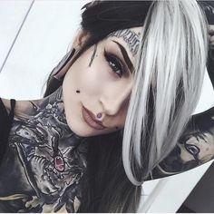 "miss-watson-world: "" Monami Frost "" Monami Frost, Tattoed Girls, Inked Girls, Sexy Tattoos, Girl Tattoos, Lush Wigs, Estilo Dark, Special Tattoos, Silver Ombre"