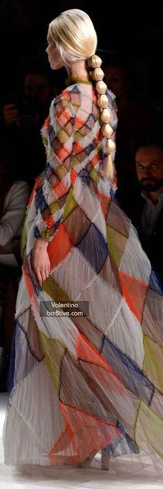 The Best Gowns of Fall 2014 Fashion Week International: Valentino FW 2014 #ParisFashionWeek