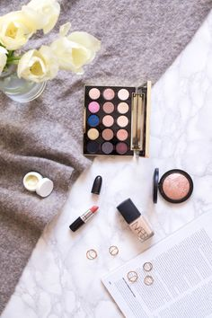 - PRIMETIME CHAOS - These are my monthly beauty and makeup favourites from March! Find reviews and pictures on the blog! Focus Foods, High End Makeup, Lifestyle Blog, I Am Awesome, March, Eyeshadow, Skin Care, Pictures, Beauty