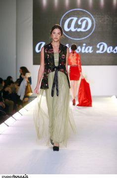 Anastasia Dosi catwalk