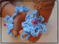 HOW TO CROCHET BABY BAREFOOT SANDALS  GET YARN AND HOOKS HERE: http://hectanoogapatterns.blogspot.ca/p/yarn-and-hooks.html  http://www.etsy.com/shop/Hectanooga   http://www.facebook.com/3CrochetChicks   http://www.etsy.com/shop/mehartgallery   http://www.etsy.com/shop/ashton11?ref=seller_info     GET THE PATTERN HERE:  http://hectanoogapatterns.blogspot.ca/2012/05/baby-barefoot-sandals.ht...