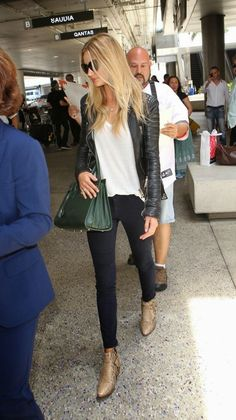 Leather jacket, simple white tee, skinnies, and pointy boots. Casual, Cool, Classy with a bit of edge.
