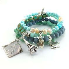 Turkusowo szare bransoletki z kryształkami i perłami naturalnymi. Beaded Bracelets, Charmed, Jewelry, Fashion, Crystals, Jewellery Making, Moda, Jewerly, Jewelery