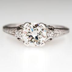 1930's Diamond Antique Engagement Ring in Platinum