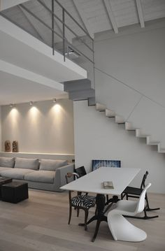 Casa ele: living room in the style of paolo capriglione architect, modern - All For Home İdeas Minimal Architecture, Interior Architecture, Interior Design, Floor Design, House Design, Casa Milano, Stair Plan, Casa Loft, Cabin Floor Plans