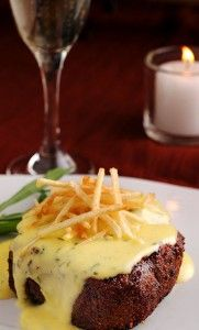 The March issue of Gourmet had a little recipe for steak béarnaise, with fried matchstick potatoes. It was kinda tucked in the middle, among all the other interesting French rustic meals hither and yon. How classic can you get? Meat and béarnaise, with fried potatoes. Steak frites with a twist.