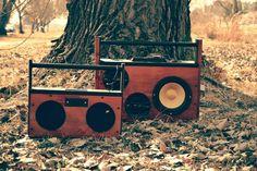 The Johannesburg-based startup Grove Audio creates custom designed wooden boomboxes. Boombox, African Design, Custom Design, Radios, Creative, Handmade, Bohemian, Tech, Diy