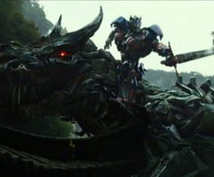 The first trailer for 'Transformers: Age of Extinction' stars the Dinobots