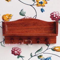 Dollhouse Miniature Oak wood kitchen wall shelf DM95