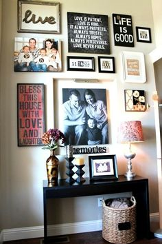 front entryway decorating ideas for your home (or living rm gallery wall? Front Entryway Decor, Sweet Home, Decor, Diy Home Decor, Home Diy, Wall Gallery, Entryway Decor, Home Decor, Picture Wall