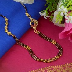 How Sell Gold Jewelry Refferal: 9535840331 Gold Mangalsutra Designs, Gold Earrings Designs, Pendant Jewelry, Beaded Jewelry, Buy Gold Jewellery Online, India Jewelry, Gold Jewelry Simple, Unique Necklaces, Jewelry Trends