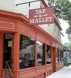 Tap & Mallet - great beer and wine bar with upscale atmosphere #ROCdrinks