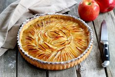 Recipe - Apple Pie Step by Step Apple Pie Recipes, Gourmet Recipes, Sweet Recipes, Classic French Desserts, Icebox Pie, French Patisserie, Portuguese Recipes, Sweet Tarts, International Recipes