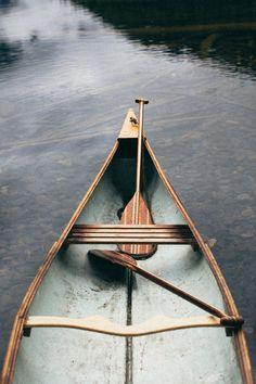 Gunflint paddles by Sanborn Canoe Co. Gunflint paddles by Sanborn Canoe Co. The Places Youll Go, Places To Go, Remo, Canoe And Kayak, Canoe Trip, Canoe Paddles, Blue Canoe, Le Havre, Lake Life