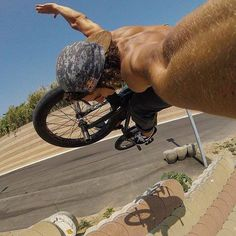 Simone Barraco Gopro selfie game is HELLA' STRONG with this fully extended tuck no-hander off the famous Barcelona sea wall!
