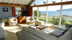 The Shore is a large villa with spectacular views of Holy Isle and Lamlash Bay. Walking distance to all Lamlash amenities. Allows pets. Wifi. Sleeps 11