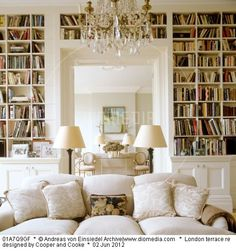 A place to share beautiful images of interior design, residential architecture and occasional other.A place to share beautiful images of interior design, residential architecture and occasional other. Cool Bookshelves, Bookshelf Design, Bookcases, Bookshelf Decorating, Book Shelves, Corner Shelves, Wall Shelves, Home Library Design, House Design