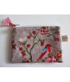 Sweet handmade wallet. Made by Kreafem. www.metdehand.nl