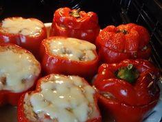 Papryki zapiekane z kurczakiem, cukinią i mozzarellą - YouTube