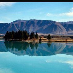 Lake Ruataniwha, South Island, NZ.