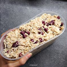 Pożywne sałatki na zimno do pracy dla faceta z ryżem | BLOG przepisy Pasta Salad, Oatmeal, Breakfast, Ethnic Recipes, Blog, Life, Crab Pasta Salad, The Oatmeal, Morning Coffee