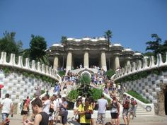 Park Guell / Barcelona, Spain / Backpacking through Europe