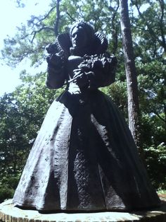 Bronze statue of Elizabeth at the Elizabethan Gardens in Manteo, NC...Roanoke Island, site of The Lost Colony.