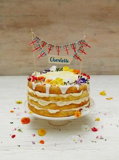Royal Charlotte lemon drizzle cake by Jamie Oliver to celebrate the birth of HRH Princess Charlotte of Cambridge Fruit Recipes, Baking Recipes, Cake Recipes, Dessert Recipes, Healthy Recipes, Cupcakes, Cupcake Cakes, Baby Cakes, Mini Cakes