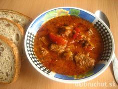 Hovädzí guláš Chana Masala, Cooker, Ethnic Recipes, Food, Red Peppers, Essen, Meals, Yemek, Eten