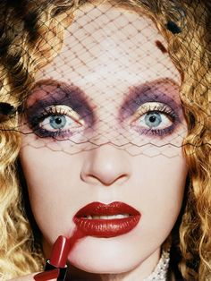 Uma Thurman: Gossip, 1997 © David LaChapelle, courtesy of Fred Torres Collaborations, New York Uma Karuna Thurman is an American actress and model. She has performed in a variety of films, ranging from romantic comedies and dramas to science fiction and action movies.