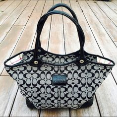 Black and Grey Coach Handbag Excellent condition on the outside...wear on the inside but still a beautiful bag! 100% Authentic. Ships Immediately ✨❤️ Coach Bags