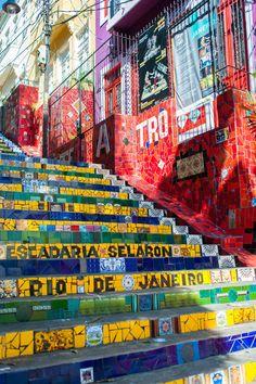 Escadaria Selarón, Rio de Janeiro, Brazil.