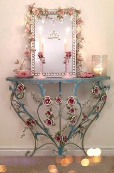 Pretty table. Would be great in a garden room.