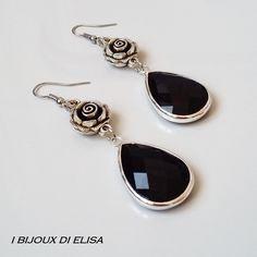 "Black crystal in my new collection ""Preziosa"": discover it on my etsy shop!   #earrings #black #blackearrings #elegantearrings #ibijouxdielisa #handmade #artigianato #jewels #jewel #bijoux #costumejewelry #drop #rose #roses #orecchini #etsy #etsyseller #etsyshop #etsystore"