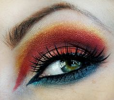 Google Image Result for http://thestylebugs.com/wp-content/uploads/2012/01/Beige-And-Mustard-Shimmery-Eye-Makeup.jpg