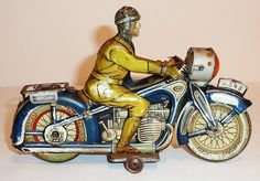 RNOLD German Tin Litho Wind-up about 1935 MOTORCYCLE with RIDER