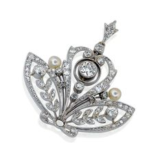 Antiker Platin-Diamant Anhänger mit 0,8ct Diamanten 19 Jhd.#Schmuck #Schmuckboerse #vintage #verlobung #diamant #brillant #antiquejewels #diamondearrings #jewelry mehr #colliers #halsband: https://www.schmuck-boerse.com/index-gold-halsschmuck.htm